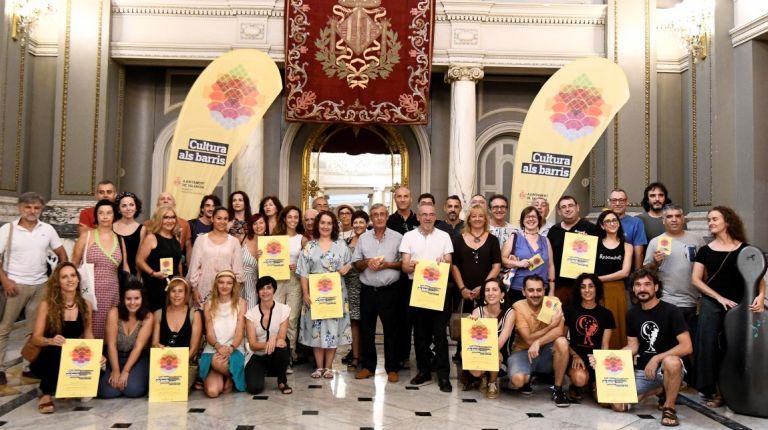 Cultura als Barris acerca 196 actividades culturales a las calles y plazas de toda la ciudad de  Valencia