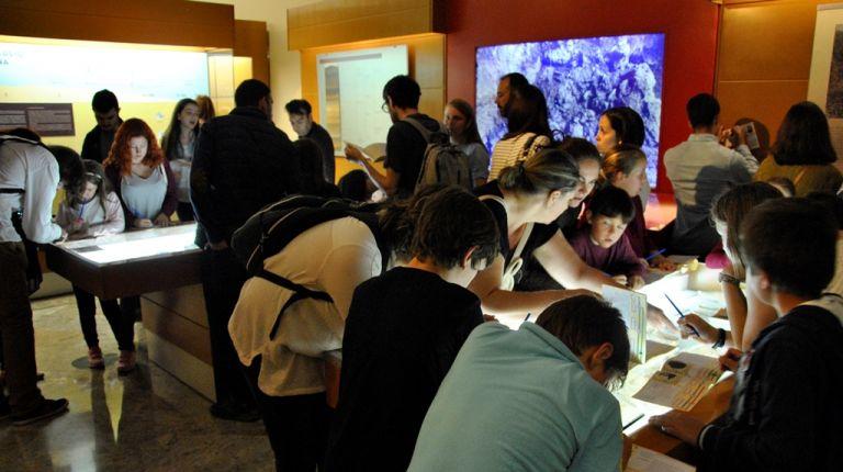 El Museu de Prehistòria recibe el Premio Romà de la Calle por su trayectoria educativa