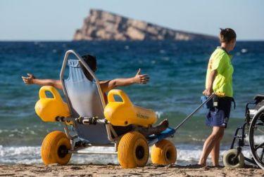 Benidorm opta a ser Destino Turístico Accesible en una votación abierta hasta el 21 de octubre