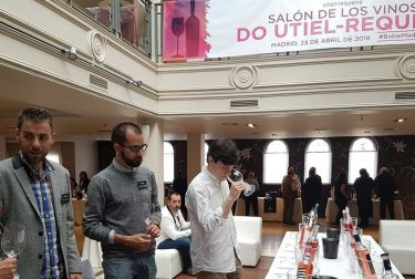 La DO Utiel-Requena presenta los nuevos rosados de Bobal en el salón de primavera en Madrid