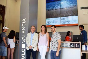 """""""La oficina de atención al visitante del Ayuntamiento proyecta una València de vanguardia manteniendo los elementos más tradicionales"""""""