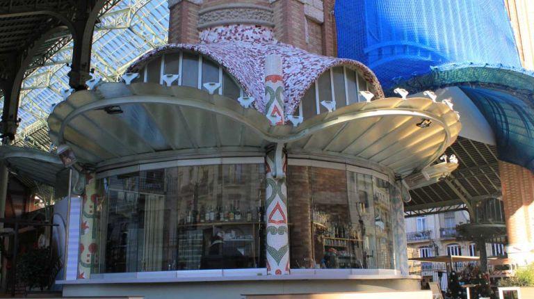 Construye el mejor mosaico con los edificios valencianos modernistas más representativos